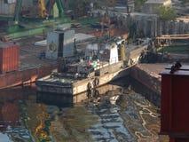 Barcos de rio nos detalhes e nos elementos foto de stock