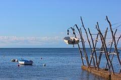Barcos de suspensão tradicionais de Istrian em Savudrija e em Umag, Croácia imagens de stock