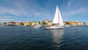 Barcos de vela de Marstrand almacen de metraje de vídeo