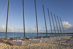 Barcos de vela del catamarán foto de archivo libre de regalías