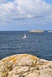 Barcos de vela en el archipiélago Foto de archivo libre de regalías