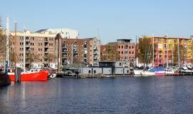 Barcos de vela en el puerto Groninga imágenes de archivo libres de regalías
