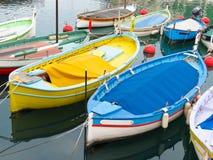 Barcos del color Fotos de archivo libres de regalías