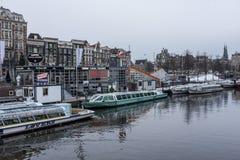 Barcos del invierno de Amsterdam Foto de archivo