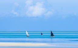 Barcos del pescador con marea baja Foto de archivo libre de regalías