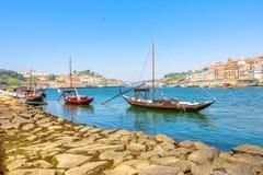 Barcos del rabelo de Oporto Imágenes de archivo libres de regalías