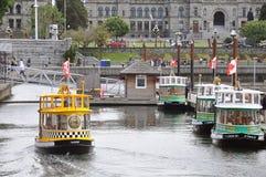 Barcos del taxi del agua Imagenes de archivo