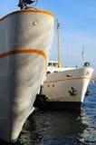 Barcos del vapor en el doc. en Estambul fotografía de archivo