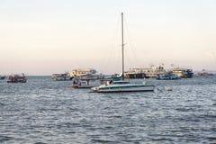 Barcos do estacionamento no mar Foto de Stock Royalty Free