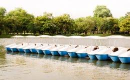 Barcos do pedal imagens de stock