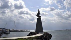 Barcos e navios no porto imagens de stock royalty free