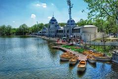 Barcos em Budapest, Hungria Foto de Stock Royalty Free
