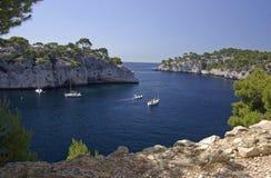 Barcos em Calanques Imagens de Stock