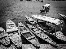 Barcos em Dal Lake, Kashmir Fotografia de Stock