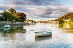 Barcos em Millbrook em Cornualha foto de stock royalty free