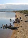 Barcos em uma praia Fotografia de Stock