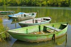 Barcos en agua tranquila Imagen de archivo
