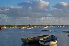 Barcos en Brancaster Straithe Foto de archivo libre de regalías