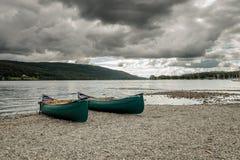 Barcos en distrito inglés del lago Coniston imagen de archivo libre de regalías