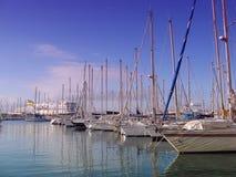 Barcos en el acceso de Toulon fotos de archivo