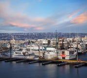 Barcos en el home run Alaska Imágenes de archivo libres de regalías