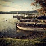 Barcos en el lago Foto de archivo libre de regalías