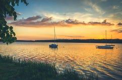 Barcos en el lago Fotografía de archivo libre de regalías