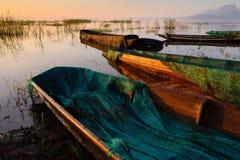 Barcos en el lago Imágenes de archivo libres de regalías