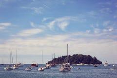 Barcos en el mar Imagen de archivo libre de regalías
