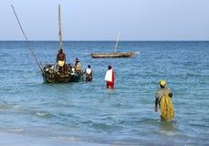 Barcos en el Océano Índico de Nungwi Imágenes de archivo libres de regalías