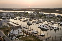 Barcos en el puerto deportivo. Fotos de archivo libres de regalías