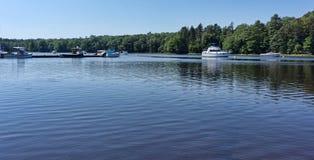 Barcos en el río Ellsworth Maine de la unión Imagen de archivo libre de regalías