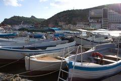 Barcos en la bahía imagen de archivo
