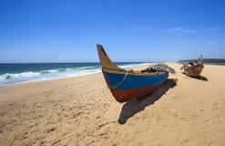 Barcos en la playa Fotografía de archivo libre de regalías