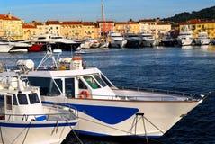 Barcos en St.Tropez Imágenes de archivo libres de regalías
