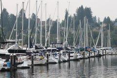 Barcos en tiempo frío de la caída Foto de archivo