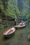 Barcos en un río Foto de archivo libre de regalías