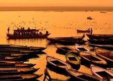 Barcos en Varanasi Foto de archivo libre de regalías