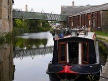 Barcos estrechos del canal en la celebración de 200 años del canal de Leeds Liverpool en Burnley Lancashire Imagen de archivo