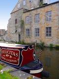 Barcos estrechos del canal en la celebración de 200 años del canal de Leeds Liverpool en Burnley Lancashire Fotografía de archivo