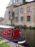 Barcos estrechos del canal en la celebración de 200 años del canal de Leeds Liverpool en Burnley Lancashire Foto de archivo libre de regalías