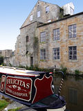Barcos estreitos do canal na celebração de 200 anos do canal de Leeds Liverpool em Burnley Lancashire Foto de Stock Royalty Free
