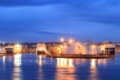 Barcos grandes da fonte no porto de Aberdeen o 27 de janeiro de 2016 Fotos de Stock Royalty Free