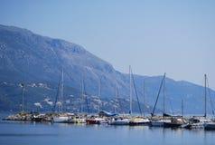 Barcos na água perto da ilha de Kos Imagem de Stock Royalty Free