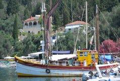 Barcos na água perto da ilha de Kos Foto de Stock Royalty Free