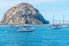 Barcos na baía de Morro Imagem de Stock Royalty Free