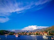 Barcos na costa croata, Cavtat, Croácia fotografia de stock
