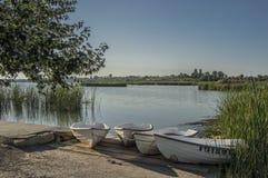 Barcos na lagoa Foto de Stock Royalty Free