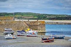 Barcos na maré baixa Imagem de Stock
