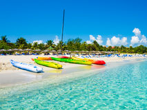 Barcos na praia cubana de Varadero Foto de Stock Royalty Free